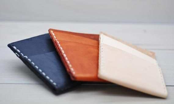 This Fine Leather Business Card Case Is A Great Business Gift Fine Leather Card Holder F Leather Business Cards Leather Business Card Case Card Holder Leather