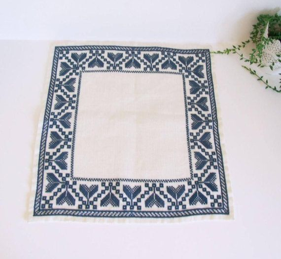 Swedish Linen vintage traditional blue flowers por tiendanordica