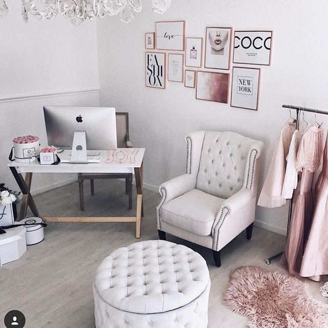 Office Complete @ulyana.aster and looking so sweet, Our Linen White Royale Wingback and Large Emma Ottoman are the perfect choice for a luxurious feeling workspace #linenwhite #luxury #onlineshopping #furniture #office #beauty #friday #love #bringiton #2017  #newoffice #interiordesign #armchair #ottoman #storage #lovemyblackmango