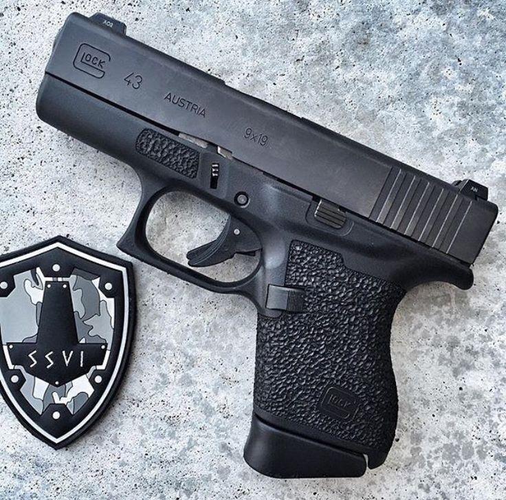 Glock 43 with custom grip zones | Gunpowder & Lead ...