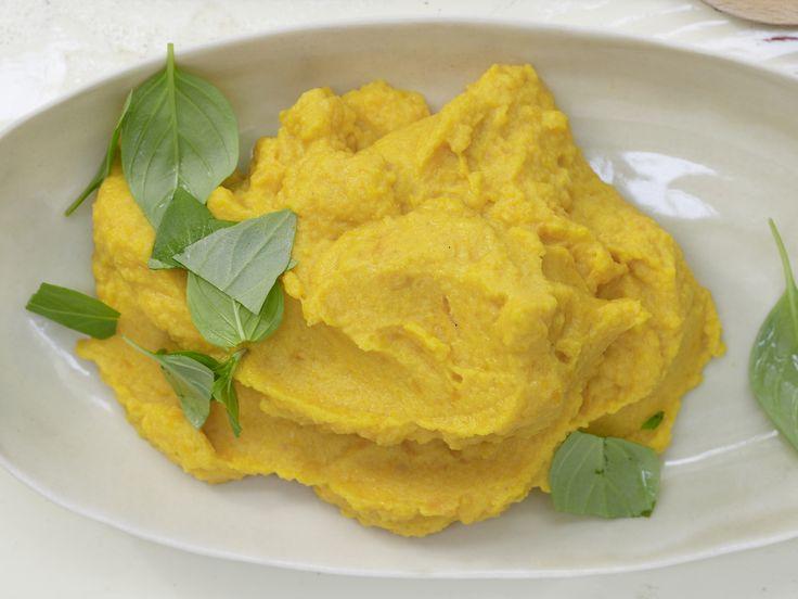 Eine indische Beilage, die es locker mit unserem Kartoffelpüree aufnimmt! Möhren-Linsen-Püree - mit Kokosmilch und Curry - smarter - Kalorien: 213 Kcal - Zeit: 30 Min. | eatsmarter.de