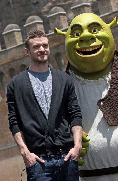 "Justin Timberlake Photos Photos - Actor Justin Timberlake attends the 'Shrek The Third' photocall at Castel Sant'Angelo on June 15, 2007 in Rome, Italy. - ""Shrek The Third"" - Rome Photocall"