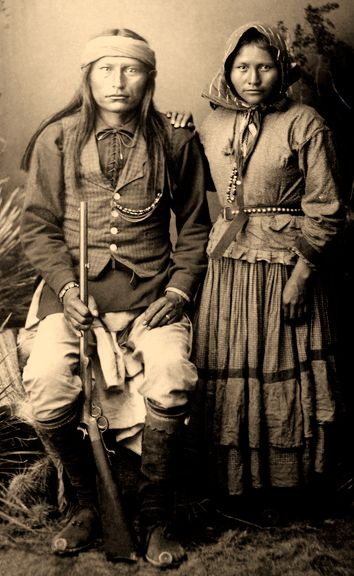 Nachez and Wife, Apache Portrait, Edward Curtis
