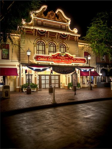 Great Moments with Mr. Lincoln - Disneyland - Main Street