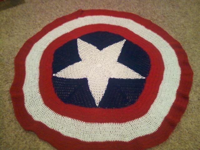 Free Crochet Pattern For Captain America Blanket : Captain America blanket Things Ive made Pinterest ...