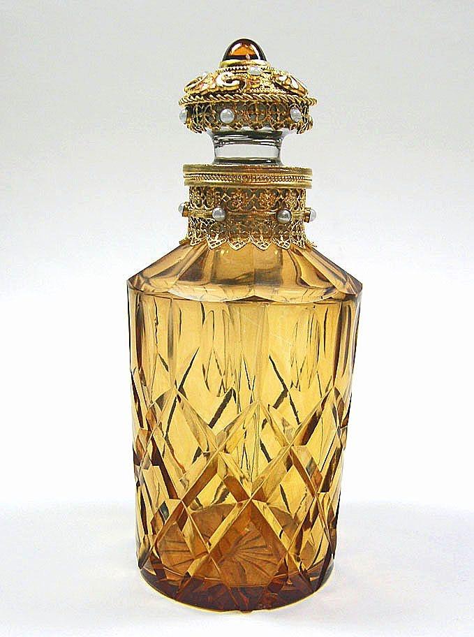 1517 best botellas de perfume images on pinterest - Botellas para perfumes ...