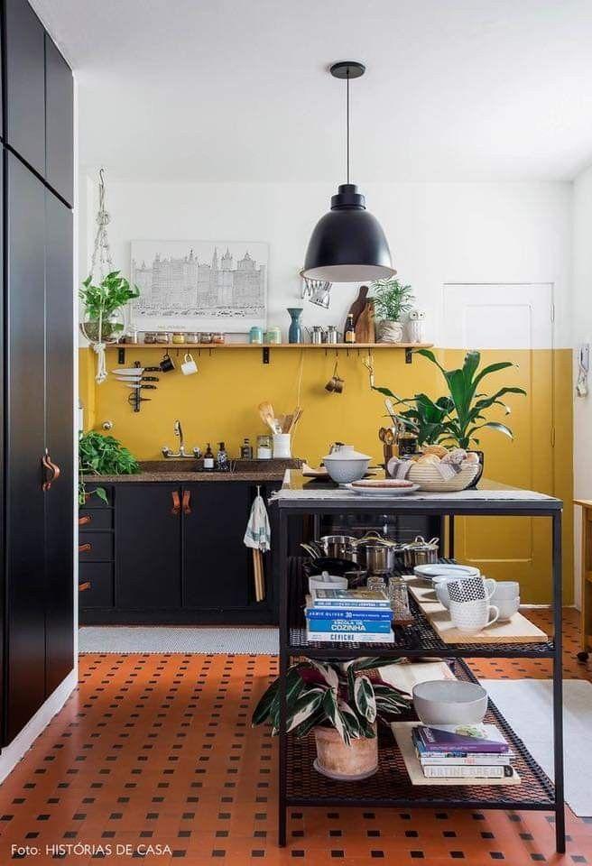 Cocinas Amarillo Paredes De Color Mostaza Decoracion De Interiores Ideas De Diseno De Interiores