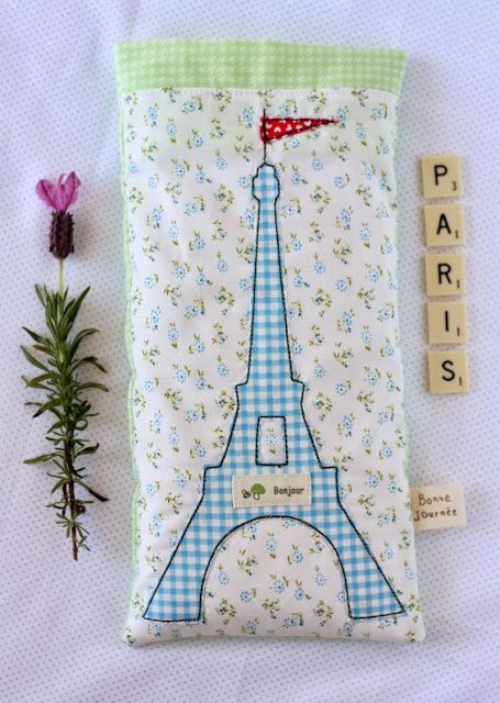 Eiffel Tower by Lisa & Sarah through Fave Crafts