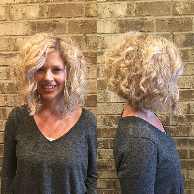 Blonde curly inverted bob by stylist Misty Callaway Cheveux salon Nashville TN