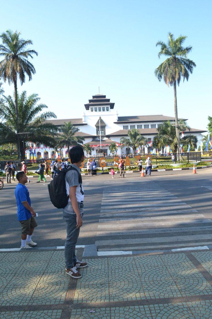 Gedung sate Bandung Yeah thats me