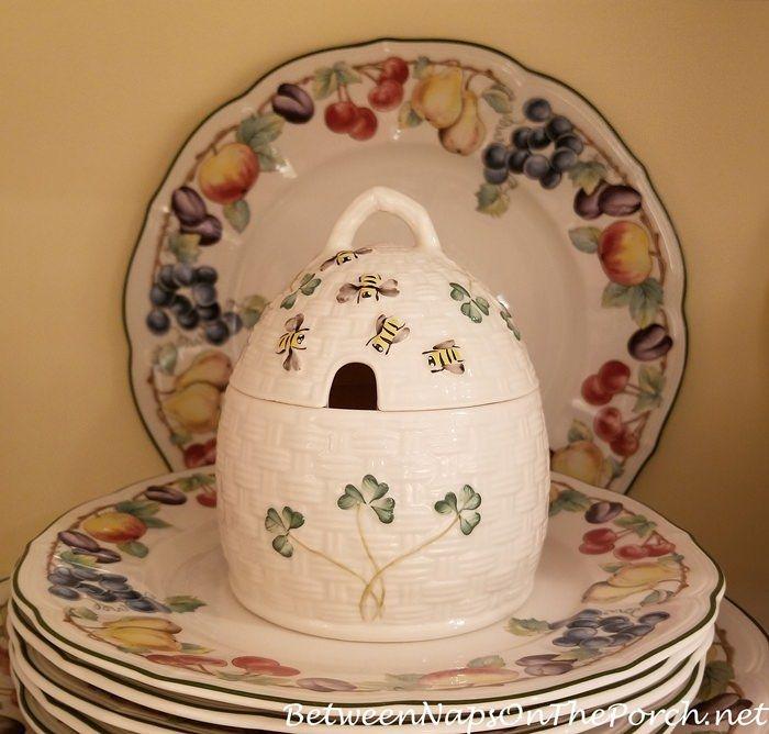 Belleek Pottery Kylemore Honey Pot