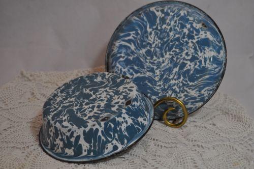 Antiguo-Vintage-Graniteware-rara-Azul-Gris-Y-Blanco-Remolino-Tazon-Pan