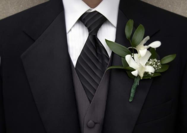 Цветок на свадебный пиджак