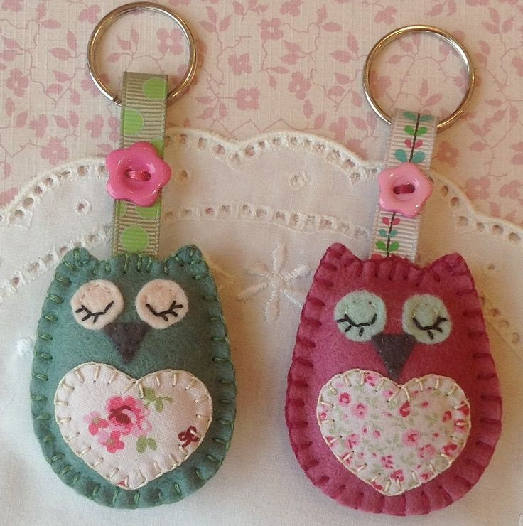 Sleepy Owl Keyrings with applique hearts. https://www.facebook.com/Chrismadethis
