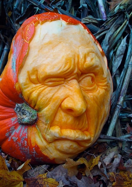 Amazing Pumpkin Sculpting