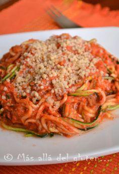 """Más allá del gluten...: Espaguetis de Zucchini con Salsa Marinara y """"Parmesano"""" de Nueces RAW (Receta SCD, GFCFSF, Vegana, RAW, Gerson)"""