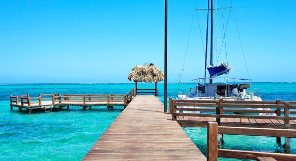 Boating in Belize