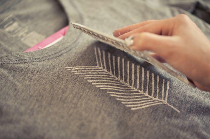DIY: arrow tail stamped t-shirt