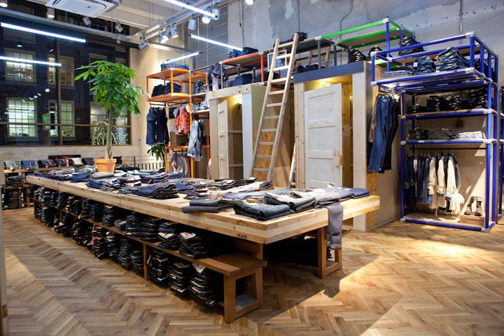 Fitting Rooms  Levis store by Como Park Studio, Amsterdam store design