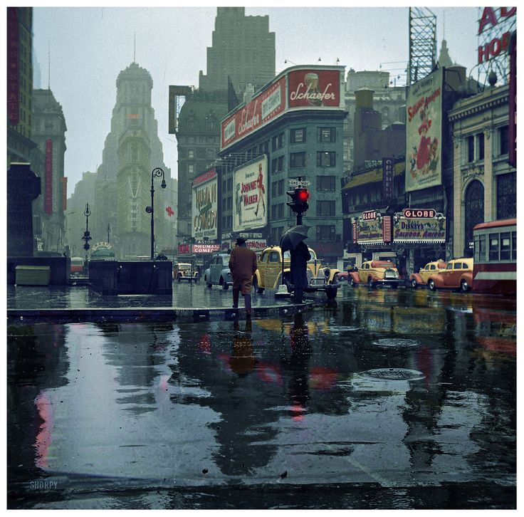 Times Square by John Vachon - 1943 (1850×1825)