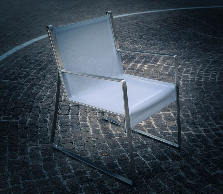 MISTER #chairs design: #MarcoDeLuca Chair with clean lines, characterised by its slim brushed stainless steelprofile, which supports the seat and backrest in high tenacity mesh fabric product by #Metalco HOME Italy