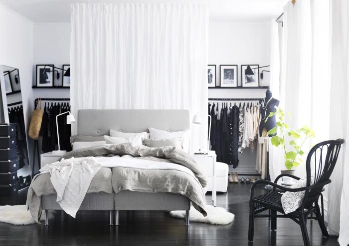 Είπε κανείς ότι το λευκό είναι αδιάφορο; Αντιθέτως, μπορεί να δώσει πολύ στυλ στο υπνοδωμάτιό μας!
