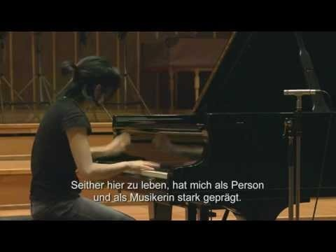 Claire Huangci about her debut CD with Tchaikovsky and Prokofjev recordings