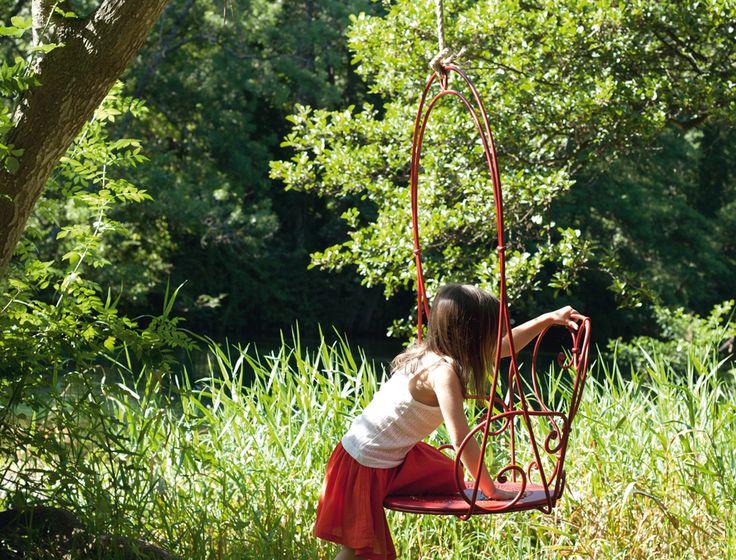 Un peu de romantisme dans votre jardin, Fauteuil suspendu 1900 Fermob