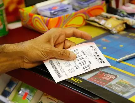 DES MOINES, Iowa — A sole winning Powerball ticket worth US$447.8 million and matching all six numbers was sold in southern California and will claim the 10th largest lottery prize in U.S. history, …