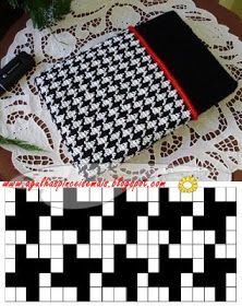 Needles and Brushes: Cover for netbook in tapestry crochet