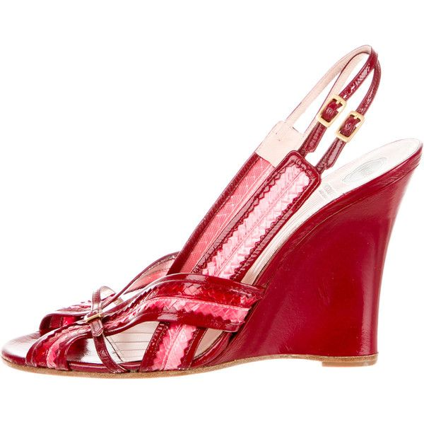 Viktor & Rolf Patent Leather Multistrap Sandals ($195) ❤ liked on Polyvore featuring shoes, sandals, red, red wedge heel sandals, red patent shoes, red patent sandals, red patent leather sandals and multi-strap sandals