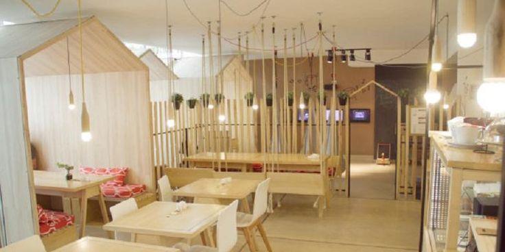 Makan di Restoran Ini Bangkitkan Kenangan Masa Kecil | 19/02/2015 | KOMPAS.com - Mariela Vergagni dan Diego Cores, pasangandengan dua anak,membayangkan restoran atau kafe tipe baru, yaitu para orangtua bisa mengenang masa kanak-kanak. Keduanya kemudian meminta bantuan ... http://news.propertidata.com/makan-di-restoran-ini-bangkitkan-kenangan-masa-kecil/ #properti #rumah