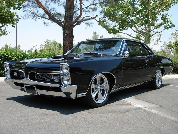 1967 PONTIAC GTO super nice, top ten all time favourites!