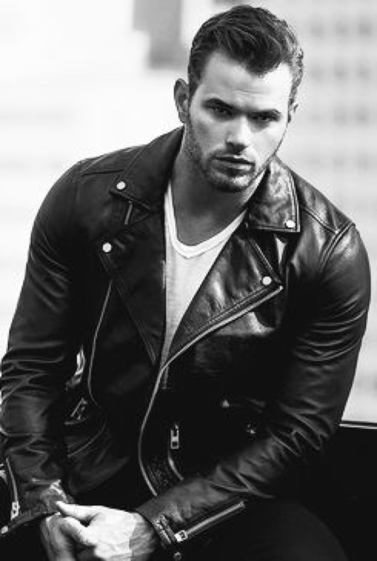 lutz guys A scandalous picture of kellan lutz's package surfaced last week on the internet it was quickly determined that the photo was a fraud, but that didn't prevent everyone from salivating over.