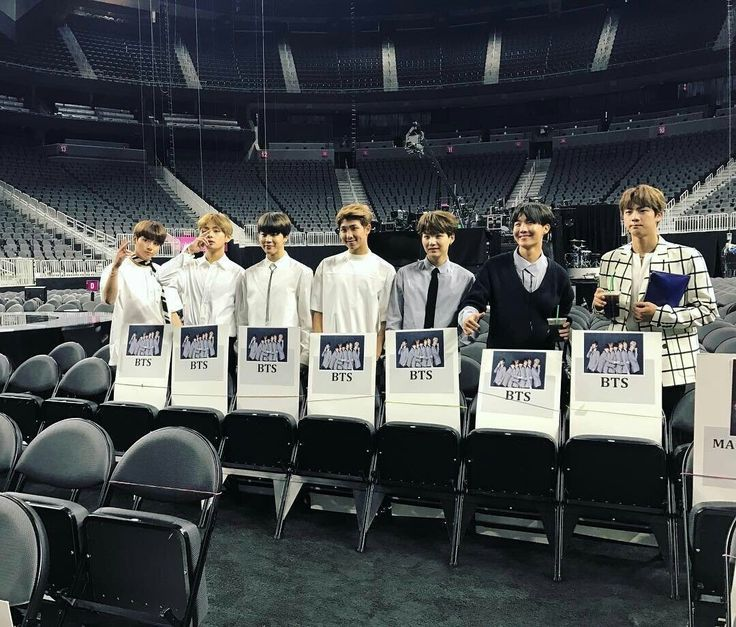 BTS and their seats at the BBMAs! Vote #BTSBBMAs now! Voting ends tomorrow! ❤ #BTS #방탄소년단