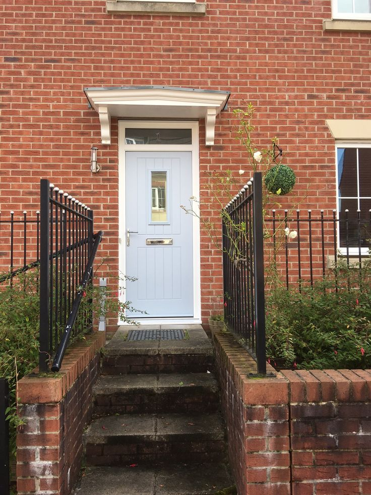 This stunning example of our Duck Egg Blue has recently been installed by our preferred installer, Window Centre in Swansea. If you're looking to design your dream door then use the link below to find a preferred installer local to your area; http://endurancedoors.co.uk/authorised-retailers/