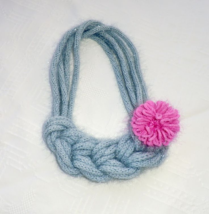 new yarn necklace