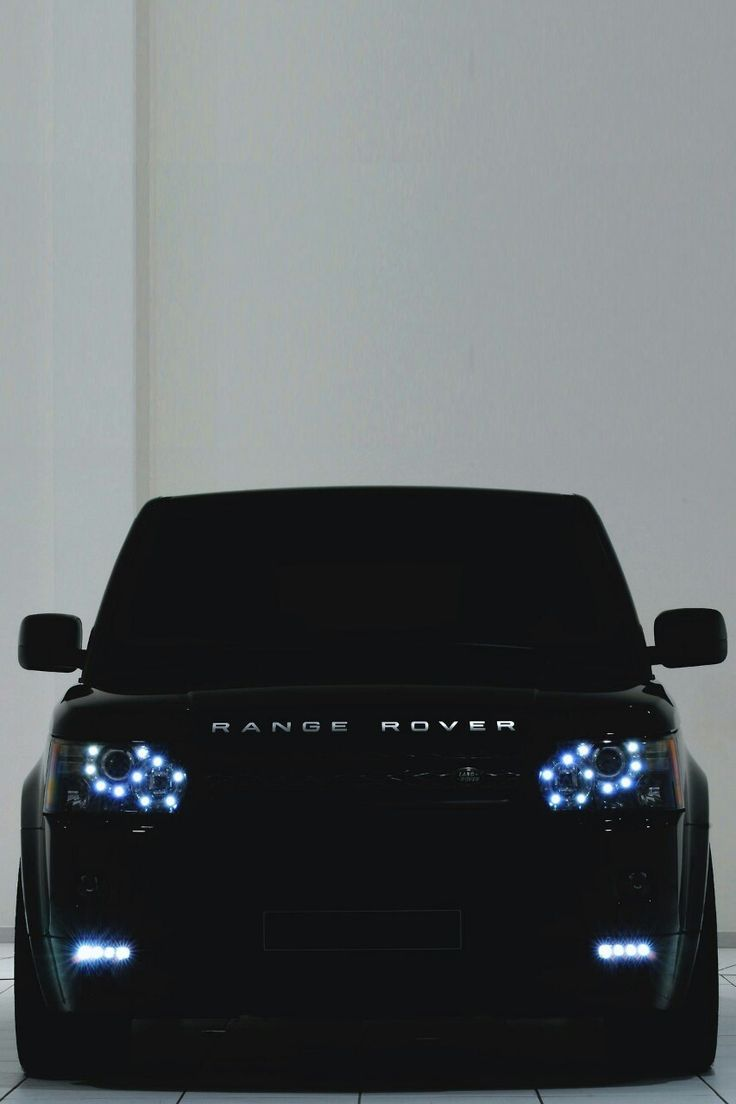"COOL FOR US ""He's looking at you"" Badass #RangeRover Sport. How do you go about buying a SUV like this? Click on the image to check out our buying guide # toptips #spon"