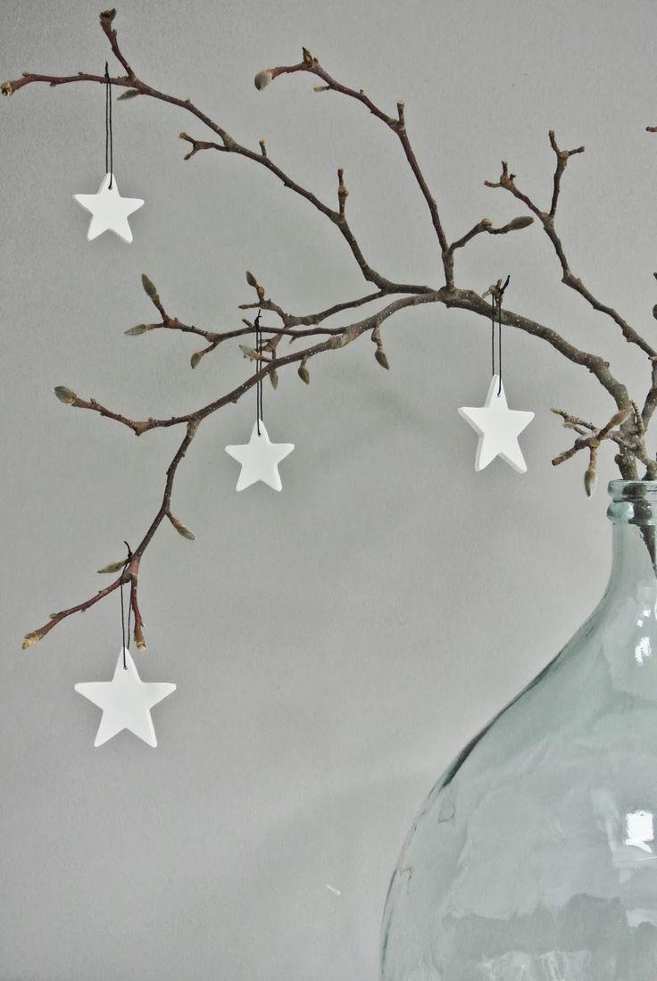 Kerst tak met houten sterren | Christmas Branch with Wooden stars #white