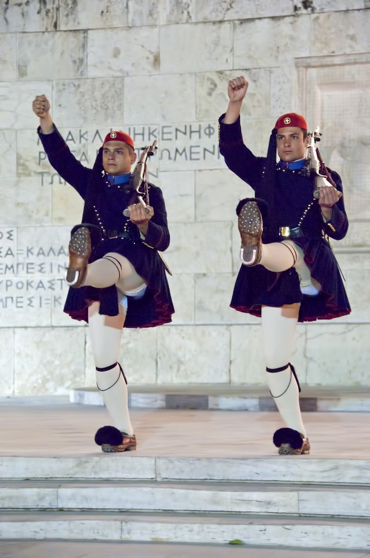 Evzone - Tomb of the Unknown Solder, Syntagma, Athens