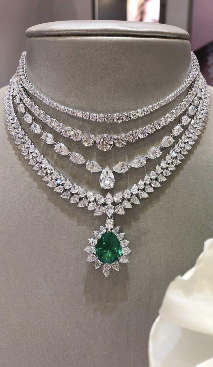 A beautiful diamond and emerald necklace. Bridal fashion