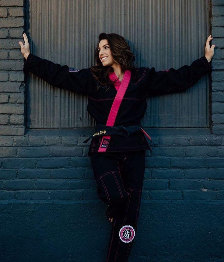 "10.4k Likes, 75 Comments - Mackenzie Dern 🇺🇸🇧🇷 (@mackenziedern) on Instagram: ""Os melhores kimonos - sem duvidas! 💕 The best Gis - no doubt! 💕 @wartribegear"""