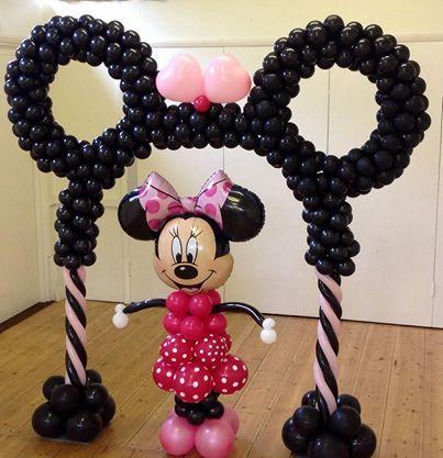 Minnie/Mickey arch