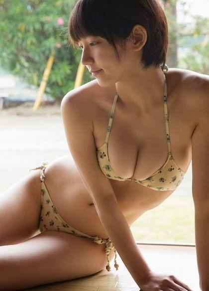 画像☆吉岡里帆 可愛らしい顔してDカップ乳がエロいグラビア女優