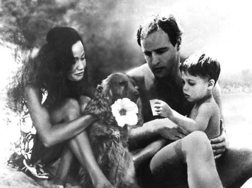 Marlon Brando pictured with Tarita Teriipia and their son, Teihotu Brando, 1965. - marlon-brando Photo