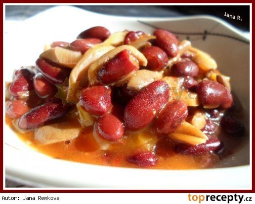 Pikantní fazole s hlívou ústřičnou