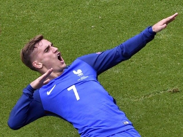Antoine Griezmann: 'It was a team effort to reach Euro 2016 final'