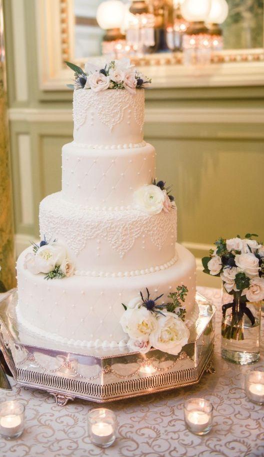 Vorgestellter Fotograf: Photography du Jour; Hochzeitstorte Idee.   – Wedding Cakes