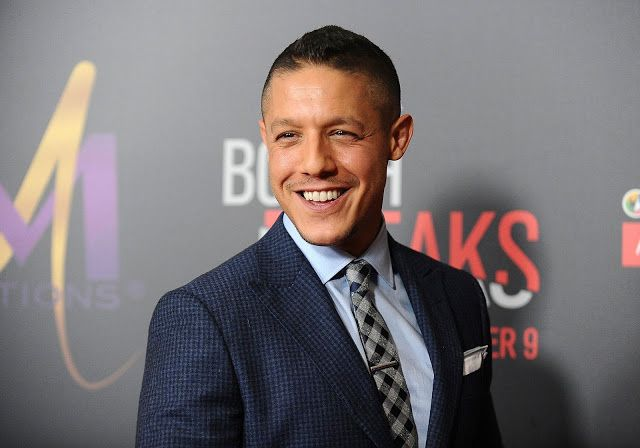 Theo Rossi | http://www.celebritykeep.com/2017/07/theo-rossi.html