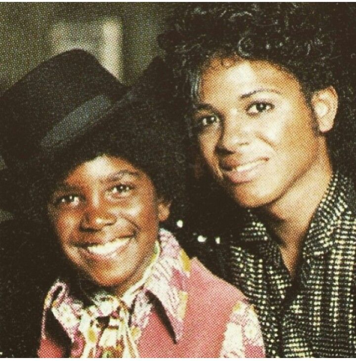Jason Weaver and Wylie Draper as Michael Jackson in The Jacksons: An American Dream